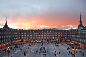 Plaza Mayor Centenario
